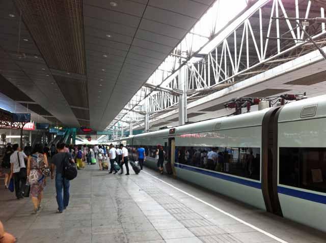 重慶駅で撮影