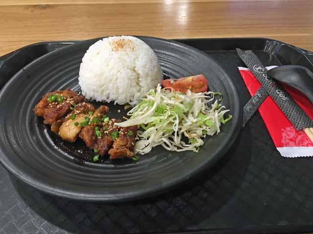 空港で食べた昼食。