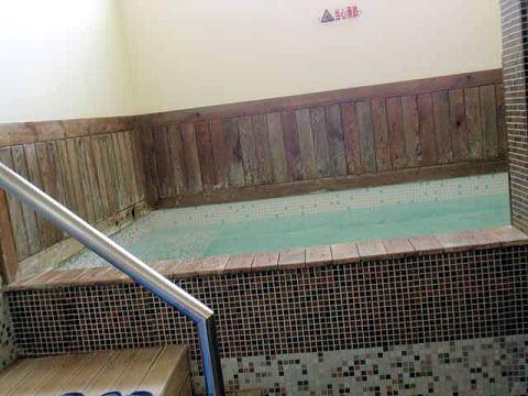 昆明、温泉、浴槽