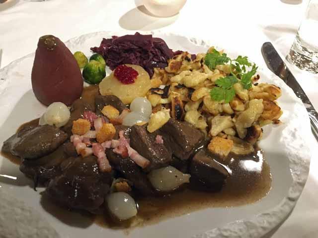 ヌーシャテルで食べた鹿肉