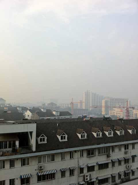 寧波のホテルの部屋から撮影。