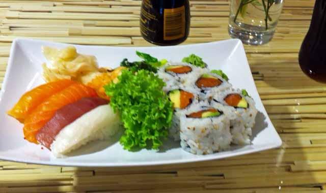 オスロ中央駅内にある寿司屋