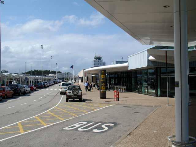 写真は、アストゥリアス空港で撮影。空港自体は小さい地方の空港。
