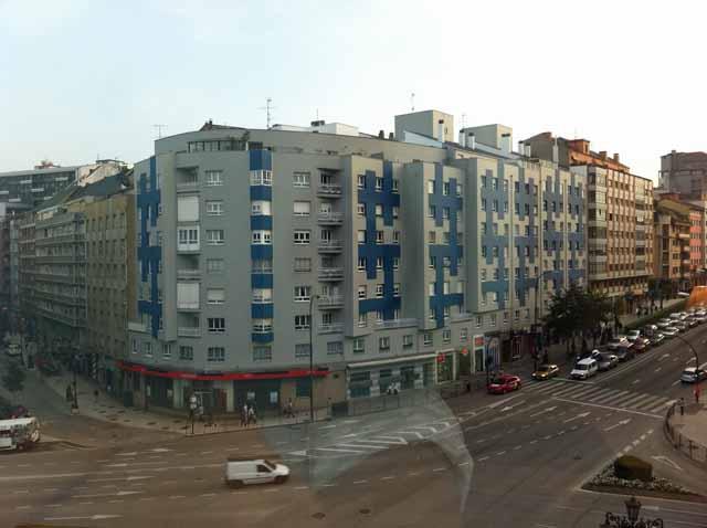 スペイン・オビエドのホテルの部屋から撮影。