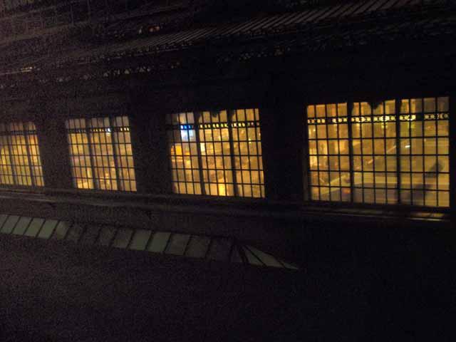 パリ・リオン駅で撮影。ホテルの部屋からプラットフォームが見えました。