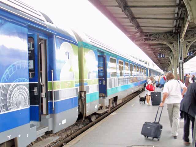 パリ・リオン駅に到着したときに撮影。写真は、片道3時間かけてようやくパリ・リオン駅に到着したときに撮影しました。