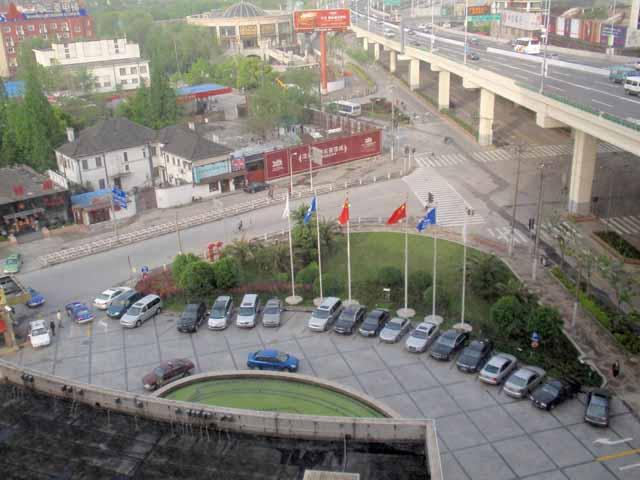 上海・虹橋賓館で撮影
