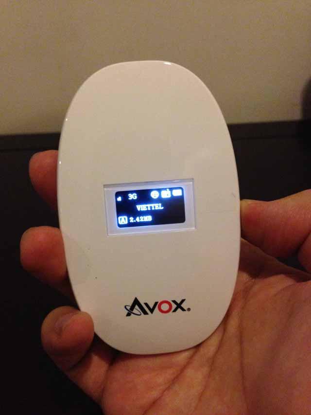 Avox SIMフリーのWiFiルーター