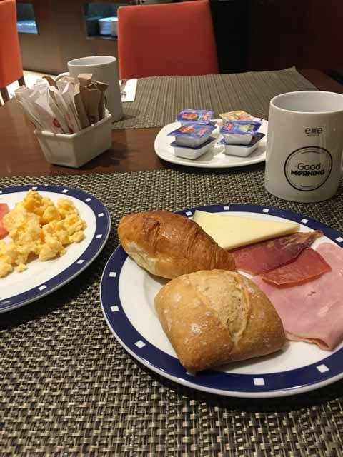 Exe Oviedo Centro(エグゼ・オビエド・セントロ)の朝食