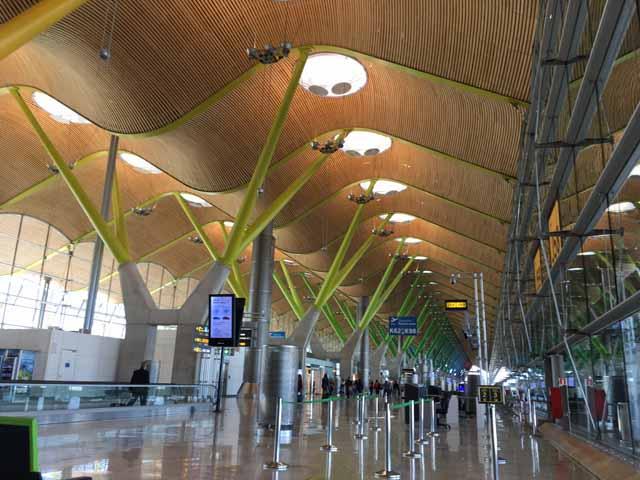 マドリード・バラパス空港